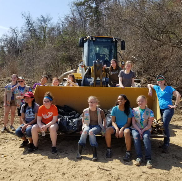 Cox-Creek-Girl-Scout-Clean-Up